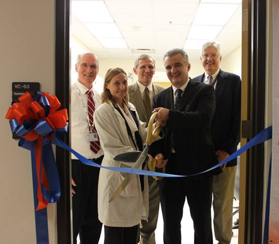Drs. Marsella, Vincek and others at derm lab ribbon-cutting