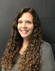 Dr. Lisa Farina