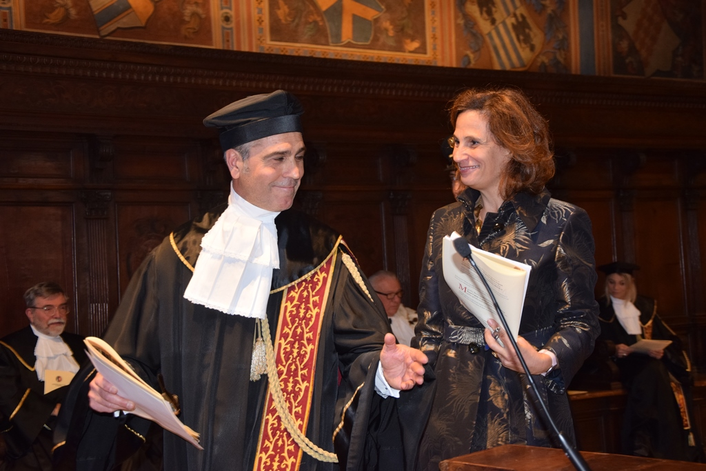 Dr. Ilaria Capua receives an honorary Ph.D.