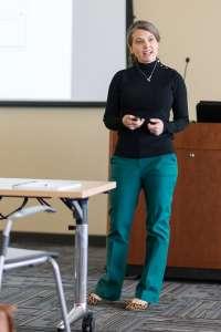 Dr. Amanda Martinot